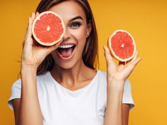 Foods for Healthy Skin: बदग चमकदर तवच क लए डइट म शमल कर य 11 फडस Fruit Photography, Photography Women, Portrait Photography, Citrus Events, Foods For Healthy Skin, Healthy Skin Care, Healthy Hair, Fruit Shoot, Low Sugar Recipes