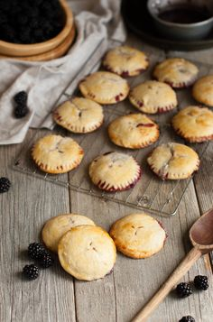 Blackberry Mascarpone Hand Pies. This looks a bit complicated for me but they look soooo delicious that i'm willing to try :)