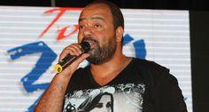 """Paulo Flores  é """"presença incontornável da música angolana"""" http://angorussia.com/?p=20827"""