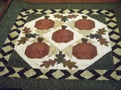 Pumpkins Quilt by craftncathy on Etsy, $135.00
