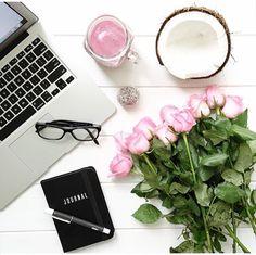 """820 tykkäystä, 49 kommenttia - • J O D I • Flowers & Flatlays (@jodianne_) Instagramissa: """"Happy Monday!"""""""