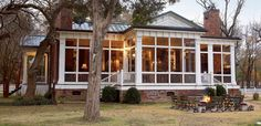 Love screened in porches