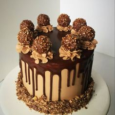 Best 11 A Ferrero Rocher birthday cake for today. It's all about that chocolate drip! Torta Ferrero Rocher, Rocher Torte, Fererro Rocher Cake, Chocolate Drip Cake, Nutella Cake, Cupcakes, Cupcake Cakes, Bolos Naked Cake, Bolo Cake