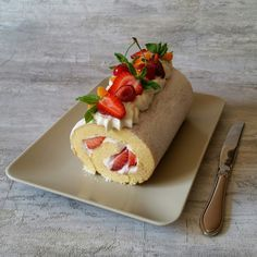 Pınar's Desserts: Çilekli Rulo Pasta