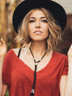 Love this lady's hair!