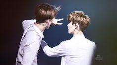140718 EXO The Lost Planet in Shanghai Day 1 - Sehun & Luhan #HunHan ♥