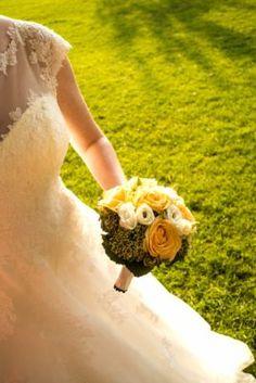 Hochzeitsfotograf Zürich. Michael Bühler Lace Wedding, Wedding Dresses, Fashion, Simple, Kleding, Pictures, Bride Dresses, Moda, Bridal Gowns