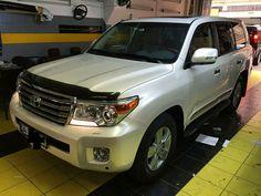 Toyota land cruiser pearl white folyo kaplandi. 0212 286 48 43