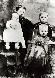 Dwight Eisenhower, circled, with his siblings