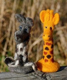 Wolf und Giraffe, handgemacht, nadelfilzen, verschiedene Modelle, einsetzbar in der GfK-Arbeit