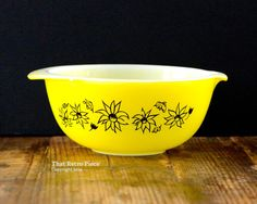 """RESERVED -- Agee/Crown Pyrex: yellow """"Flannel Flowers"""" mixing bowl (circa 1950s)"""