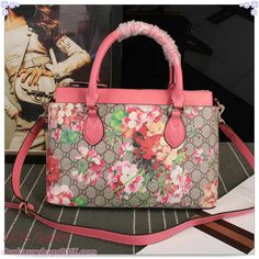43d831241243d5 16 Best Gucci Bags images | Cheap gucci bags, Bag sale, Canvas tote bags