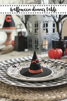 Host an amazing Halloween Dinner Party with these tips and inspiration from Everyday Party Magazine. #HalloweenDecorations #HalloweenDinnerParty #MarthaStewart #GoFinding #HomeGoods