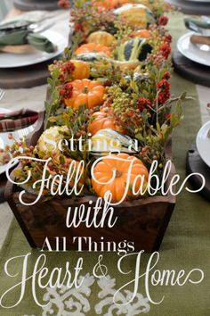 Setting a #rustic table for #Fall - Easy #FallCenterpiece
