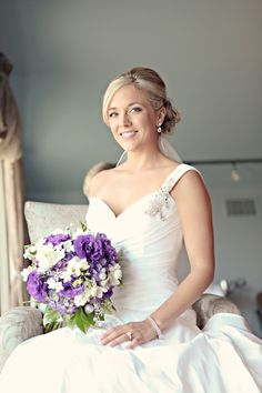beautiful purple vineyard wedding bouquet - Purple Vineyard Wedding_Ampersand Studios_002
