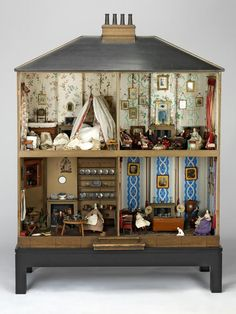Mrs. Neave doll house. Museum of Childhood, London.