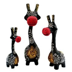 Set of 3 Hand-Carved Black and Red Giraffe Statues (Indonesia) | Overstock.com Shopping - Big Discounts on Statues & Sculptures