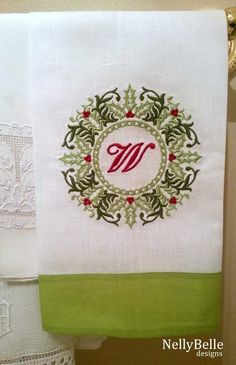 Christmas guest towel. Christmas wreath monogram on linen/cotton guest towel. NellyBelle Designs
