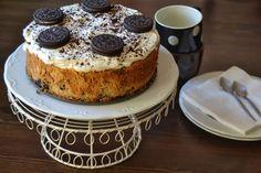 Tartas de cumpleaños, historia: Todos cumplimos años y seguro que soñamos con nuestra tarta favorita, yo ciertamente tengo muchos problemas para poder decir cual es mi favorita y espero sinceramente…