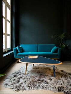regardsetmaisons: Black and blue inspiration