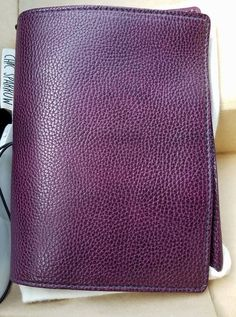 Chic Sparrow. style: Pemberley -color: Aubergine - size A5