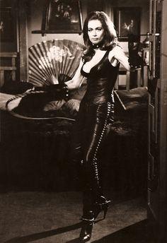 Valerie Leon! Star of Hammer Horror films