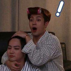 Bias and bias wrecker getting along lol Meme Got7, Got7 Funny, Funny Kpop Memes, Got7 Jackson, Jackson Wang Funny, Jaebum Got7, Yugyeom, Meme Faces, Funny Faces