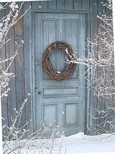 Ice blue door in winter Old Doors, Windows And Doors, Front Doors, Blue Christmas, Winter Christmas, Christmas Door, Thanksgiving Holiday, I Love Winter, Winter Blue