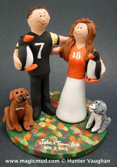 ... toppers figurine gift wedding cake toppers  football NFL NCAA NCFL  collegeFootball quaterback athlete cheerleader university-football  footballTeam 3609a8151