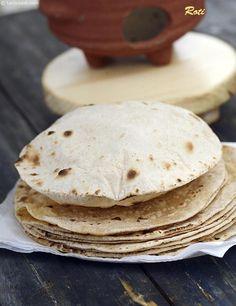 Roti recipe ( How To Make Soft Roti, Phulka, Chapati) Whole Wheat Roti Gujarati Recipes, Indian Food Recipes, Vegan Recipes, Chapati Recipes, Low Gi Foods, Mumbai Street Food, Clarified Butter Ghee, Vegetarian Curry, Indian Kitchen