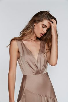 Be a showstopper in this gorgeous and elegant matte satin gown featured in an empire silhouette. Floor length skirt and a dramatic train. Dresses May have signs of being tried on (will state if so ). Tan Dresses, Cute Dresses, Sequin Dress, Lace Dress, Copper Dress, Empire Silhouette, Satin Gown, Trends, Beautiful Gowns