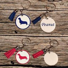 """Swipe 👉🏼 New Dachshund Keychains are now available on Peanut's Paws @peanuts_paws 🐾 They are limited!! ❤️ If you are interested in ordering Please read the description before ordering. Click the link in our bio to visit our Etsy shop 🇨🇱 PLEASE READ! 100% OF PROFITS FROM OUR ONLINE SALES WILL GO TO HELP THE ANIMALS THAT WERE AFFECTED BY HURRICANE HARVEY!  ALL of the profits from @Peanuts_Paws online sales will be donated. .#weenie #weinerdog #pet #puppy #petoftheday #picoftheday…"