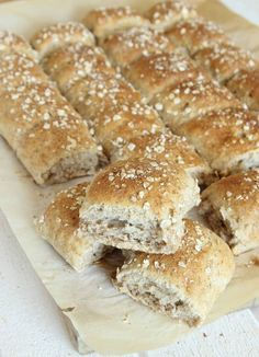 ragkusar4 Swedish Recipes, Cooking Recipes, Healthy Recipes, Recipe Of The Day, Bread Baking, Food Inspiration, Rolls, Food And Drink, Tasty