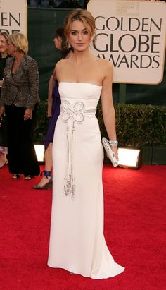Keira Knightley in a Valentino column dress for the 2006 Golden Globes.  Perfection! Thx Redbook.com