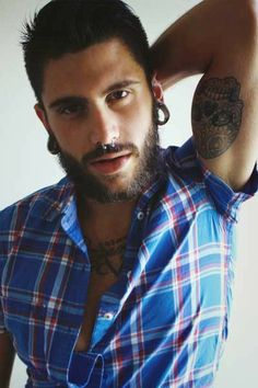 tattoo piercings and beard Moustaches, Hipster Man, Beard Tattoo, Guy Pictures, Body Modifications, Attractive Men, Body Mods, Perfect Man, Bearded Men