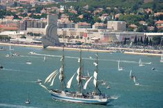 The Ultimate #Sailing in #Portugal: The Tall Ships Races Lisboa - via Sea Bookings 28.04.2016 | From the 22nd to the 25th of July Lisbon will become the capital of sailing while welcoming this event. Photo: The tall ship races Lisboa