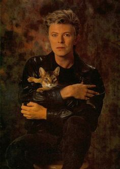 David Bowie with a CAT!!!