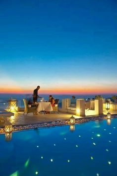 Santorini, Greece.... So pretty!