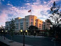 The Hyatt Regency Valencia Magic Mountain Offers Comfort And Convenience Whether You Re On Business Or Holiday In Santa Clarita Ca Hotel A
