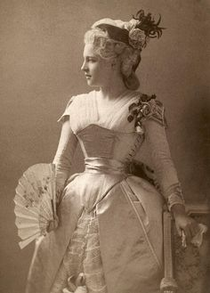 Century Photograph - Lillie Langtry by Granger Historical Costume, Historical Clothing, Historical Photos, Antique Clothing, Vintage Girls, Vintage Dresses, Vintage Outfits, Edwardian Fashion, Vintage Fashion