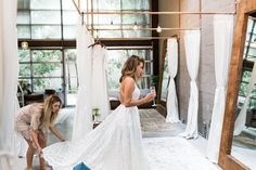 Bridal Salon Appointment Tips and Ideas