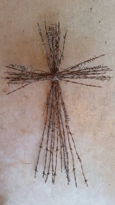 Rustic Barbed Wire Cross Large by TheCowboysCloset on Etsy Barbed Wire Decor, Barbed Wire Wreath, Wire Crosses, Wooden Crosses, Mosaic Crosses, Barb Wire Crafts, Metal Crafts, Metal Yard Art, Scrap Metal Art