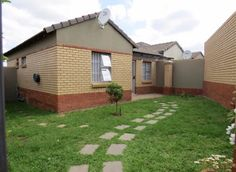 Explore this property 2 Bed Cluster in Halfway Gardens