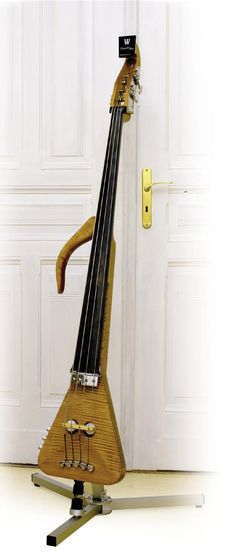 Warwick Triumph Electric Upright Bass
