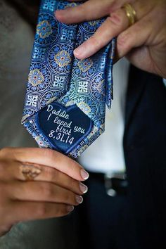 Wedding Gifts For Parrents Sweet Dad tie patch to give on the wedding day - Unique and cool Father of the Bride gift ideas. Unique Wedding Favors, Wedding Party Favors, Unique Weddings, Rustic Wedding, Wedding Souvenir, Wedding Parties, Vintage Weddings, Wedding Invitations, Wedding Decorations