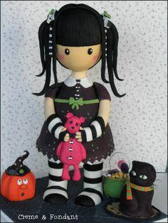 Halloween cake by Creme & Fondant