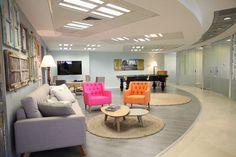 ההשראה כבר בפנים: משרד מעוצב במתחם הבורסה | בניין ודיור
