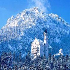 Neuschweinstein Castle <3