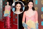 OUTLANDER star Caitriona Balfe steps out in style for a pre BAFTA party as sneak peaks for series three of the hit show are released. The actress looked stunning in Chanel as she attended the party…