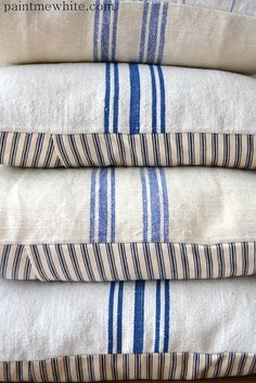 Blue and White Grain Sack Pillows | Fresh Farmhouse